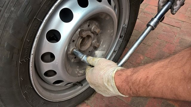 how do wheel spacers work